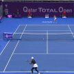 Азаренко сразится за выход в финал теннисного турнира в Катаре