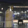 Папа Римский призывает остановить военные действия в мире