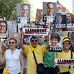 100 тысяч протестующих вышли на улицы Барселоны с требованием освободить лидеров национального каталонского движения