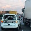 На МКАД водитель легковушки не уступил дорогу и столкнулся с грузовиком