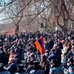 В Армении набирает силу политический кризис