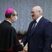 Лукашенко встретился со спецпредставителем Папы Римского