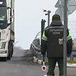 Границы закрыты: как белорусам вернуться на родину?