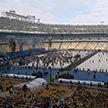 Начались дебаты Зеленского и Порошенко на стадионе «Олимпийский»