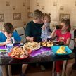 Все больше многодетных семей получают квартиры: счастливые истории новоселов