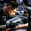 Красота требует жертв: британские учёные рассказали о последствиях татуировок и пирсинга