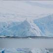 Огромный айсберг откололся от ледника в Антарктике (ВИДЕО)