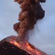 Вулкан в Гватемале выбросил столб пепла, по склону стекает раскаленный поток (ВИДЕО)