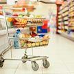COVID-19: в российских магазинах появились «тележки для паникеров». Какой прогноз для Беларуси?