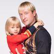 Сын Плющенко и Рудковской оказался в больнице после неудачного прыжка