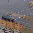 В Бресте автомобиль сбил школьницу, когда она переходила дорогу на зеленый свет (ВИДЕО)