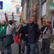 Антиковидные протесты в Европе: столкновения с полицией, петарды, дымовые шашки