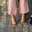 Блейк Лайвли дорисовала себе босоножки на фото в Instagram
