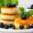Пышные сырники – мамин рецепт: как быстро приготовить?