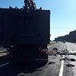 ДТП под Скиделем: дорогу засыпало отходами и тушами животных