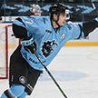 Егор Шарангович забросил свою третью шайбу в регулярном чемпионате НХЛ