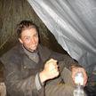 Пил воду из ручьёв и ел насекомых: мужчина заблудился на экскурсии в лесу