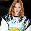 «Внеземная» коллекция одежды от Луи Виттон: показ завершил Парижскую неделю моды