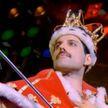 Уличный артист перевоплотился в солиста Queen