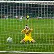 Вратарь ушёл от соперника – и случайно забил гол в собственные ворота