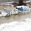 Мощный потоп в Канаде: целый город практически полностью ушёл под воду