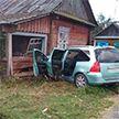 Легковушка протаранила частный дом в Ивановском районе