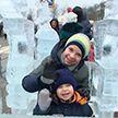 В Могилеве возвели ледяной дворец для Деда Мороза
