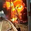 В Индонезии тушат крупный пожар на газопроводе