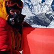 Лукашенко наградил альпинистов, поднявших Знамя Победы и флаг Беларуси на вершину Эльбруса Орденом Франциска Скорины