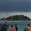 Туристы смогли запечатлеть в Таиланде сразу четыре смерча (Видео)