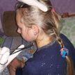 Сотрудники МЧС помогли 12-летней девочке достать застрявшую в ухе серёжку (ВИДЕО)
