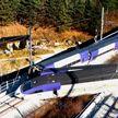 Пассажирский поезд на скорости 103 км/ч сошёл с рельсов в Южной Корее
