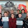 «Рома, живи!»: белорусы поддержали мальчика, который спас брата на пожаре. Посмотрите, как трогательно