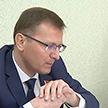 ЖКХ, газификация, вопросы строительства: в Крупках людей выслушал замглавы Администрации Президента