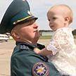 Вертолёт МЧС, который тушил пожары в Латвии, вернулся в Беларусь