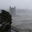 В Индии бушует мощный циклон. Сообщается о погибших
