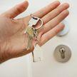 Кто может стать в очередь на квартиру, а кто – досрочно распоряжаться семейным капиталом?