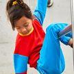 Adidas и Lego выпустили совместную коллекцию одежды для детей