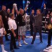 Украинский боксер Александр Усик победил британца Энтони Джошуа и стал абсолютным чемпионом мира в тяжелом весе