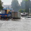 Ливни затопили дорогу к Шереметьево (ВИДЕО)
