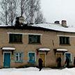 Хозяева дома с обвалившейся от снега крышей в Климовичском районе вряд ли в ближайшее время смогут вернуться в своё жильё