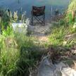 Рыбак решил вздремнуть на озере, за это время у него украли весь его рыбацкий инструментарий