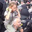 В Берлине задержали 300 протестующих против ковидных мер