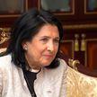 Дружественный, но недолгий визит. Президент Грузии побывала в Минске накануне открытия II Европейских игр