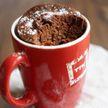 Быстрый завтрак: как приготовить кекс в кружке за 5 минут