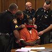 Слишком болтливому подсудимому заклеили рот на суде в США