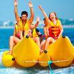 «Банан» с детьми оставили посреди моря в Крыму