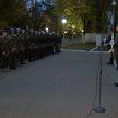 Минутой молчания почтили военные смерть погибшего офицера КГБ