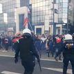 Акции протеста против ковидных мер в Европе не утихают: слезоточивый газ, дубинки и сотни задержанных
