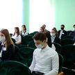 Сенатор Виктор Лискович принял участие в заседании «Школы активного гражданина» в зельвенской гимназии